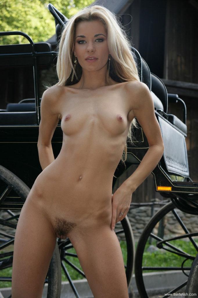 country girl nude skinny